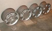 Продаю литые  диски колесные R 15 4 шт.