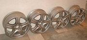 Продаю литые  диски колесные R 16 4 шт.