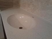 Столешница для ванной комнаты из искусственного камня со встроенной мо